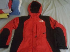 The North Face Mountain Light Gore-tex Jacket Parka Coat Women's Small Red Black