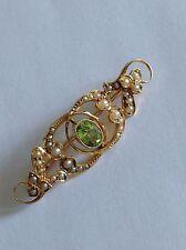 Pretty Victorian 15ct Gold Peridot & Seed Pearl Set Brooch