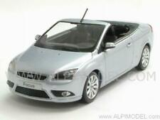 Ford Focus Cabriolet 2008 Silver 1:43 MINICHAMPS 400084031