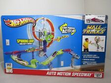 Hot Wheels Wall Tracks Starter Set Auto Motion Speedway Mattel 2012 NEW!!!