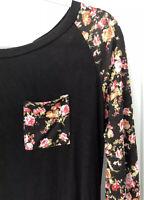Do Not Disturb Women's Size Medium Open Back Floral Black 3/4 Sleeve Top Pocket