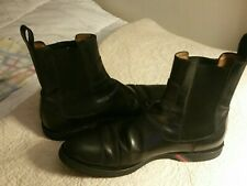 Mens gucci boots 9.5 paid $798 Great condition.