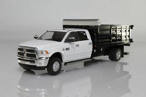 2018 Dodge Ram 3500 Dump Truck, Dually Pickup 1:64 Scale Diecast Model