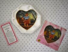 """New Hamilton Collection """"Soaking Up Local Color"""" I Love Lucy Plate #2660An- Coa"""