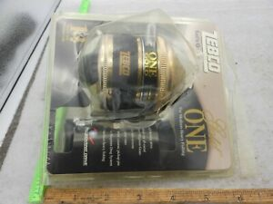 ZEBCO ONE Gold SPINCASTING Fishing Reel IN PACKAGE