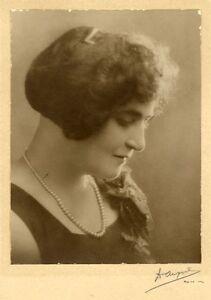 Sidney Australia Nice portrait of a woman Original vintage silver photo 1910c