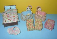 Fisher Price Loving Family Baby Twin Dolls Boy & Girl Cribs Cloth - Parents Bed