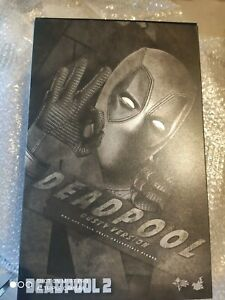 Hot Toys Deadpool Exclusiv