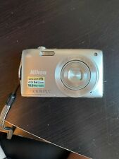 Nikon COOLPIX S3300 16MP Digital Camera - 720p Movie - Silver - Used