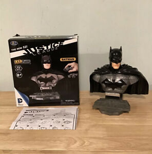 Batman  DC Justice League New 52 3D Puzzle Model- - RARE Collectable Complete