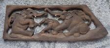 Eléphants, panneau en bois sculpté - artisanal