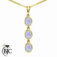 Collane e pendagli di bigiotteria in oro giallo opale