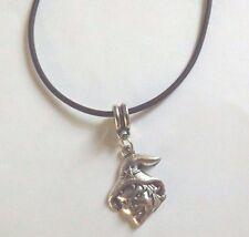 collier cordon caoutchouc noir 45,5 cm avec pendentif sorcière