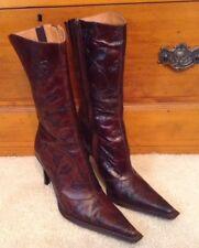 EUC! Women's Andrew Stevens Brown Floral Embossed Boots/Heels Sz 40 EU/9-10 US