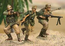 THE COLLECTORS SHOWCASE AFRIKA KORPS CS00234 GERMAN GRENADIER ASSAULT TEAM MIB