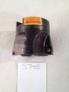 1 USED 50 MM DIAMETER SANDVIK INDEXABLE FACEMILL. R390-050Q22-11M. SWEDEN (S745)