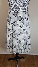 Women's Silk Skirt 100% Silk Flowy Black White Floral Size 12 White House Black
