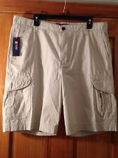 Mens CHAPS NWT 100% Cotton Flat Cargo Shorts, size 42, Color Stone/Ivory
