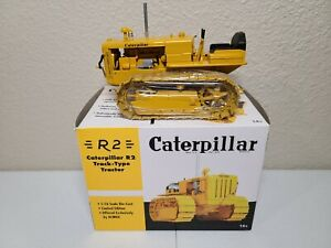 Caterpillar Cat R2 Track-Type Tractor - SpecCast 1:16 Scale Model #CUST1008 New!