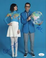 FRED ARMISEN & CARRIE BROWNSTEIN Signed PORTLANDIA 8X10 Photo Autograph JSA COA