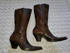 Marilyn  Knee Leather Boots Brown  Size 8 1/2 M . EUC.