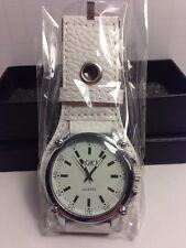 White Soki Quartz Watch, Brand New In Box, with New Battery.