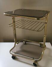desserte vintage, table d'appoint métal doré façon laiton, plateaux verres fumés