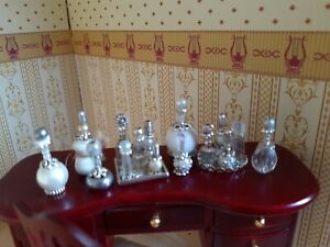CRYSTAL, WHITE & SILVER PERFUME Bottles DRESSER Vanity Set Tray Lot Dollhouse