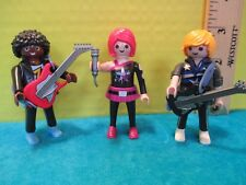 Playmobil ROCK BAND = WOMAN SINGER W/ MICROPHONE + 2 MEN W/ ELECTRIC GUITARS