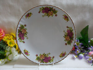 LOVELY CROWN REGAL FINE PORCELAINE SALAD PLATE 23+ cm W - MADE IN ROMANIA # 769