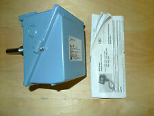 United Electric C400-120 Multi-Output Temperature Switch