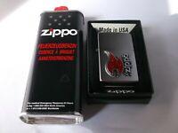 Original Zippo + 125ml Benzin 3D Flamme + Schriftzug in Box Sammler Geschenk Neu