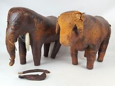 PAIR OF FOOTREST. FORM OF ELEPHANT AND OX. SKIN. VINTAGE STYLE. CIRCA 1930.