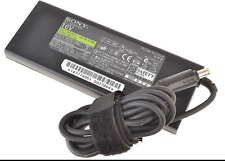 Cargador Portatil original Sony 16V 4A 65W PCGA-AC16V6 seminuevo ebcg003