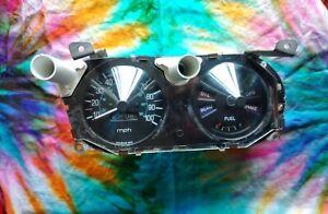 1977 1978 Datsun 620 Instrument Cluster Assembly Dash Speedometer Speedo Gauges