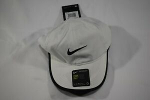 NIKE Women Dri-Fit Featherlight AeroBill Adj Tennis/Running Hat- LOGO BLACK