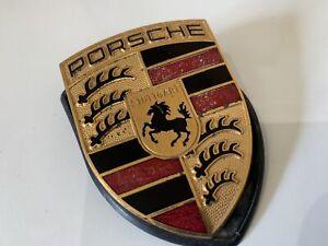 PORSCHE BADGE PORSCHE BONNET BADGE P836 JJ