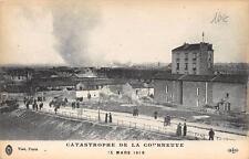 CPA 93 CATASTROPHE DE LA COURNEUVE