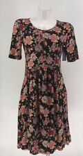 NWT DOWNEAST DRESS Short Sleeve Floral Curved Seam Small