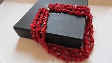 Color rocas Triple Strand Rojo Collar de Abalorios De Plata Broche De Coral En Caja