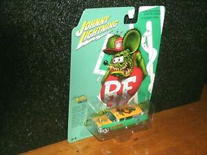 2021 Johnny Lightning Hobby Exclusive RAT FINK 1959 Cadillac Ambulance