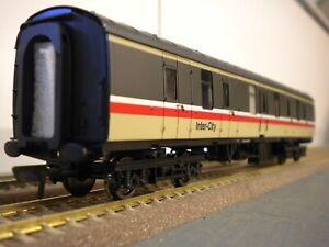 Bachmann British Rail Mk1 coach rake of 8 coaches in Inter-City livery.