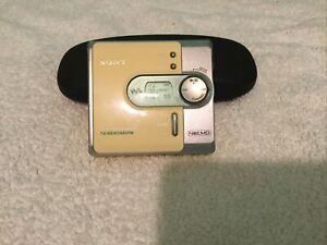 SONY MZ NF520D MD MINIDISC PLAYER