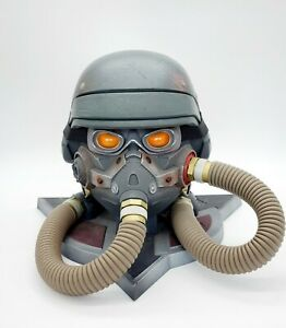 Killzone 3 Collectors Edition Helghast Gas Mask Helmet Display Storage Case Only