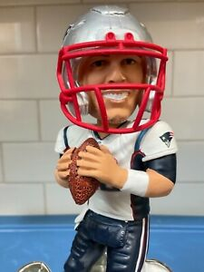 "FOCO  -  New England Patriots  Tom Brady BobbleHead ........ ""Limited Edition"""