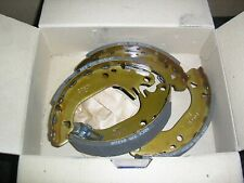 Peugeot 205 rear brake shoes