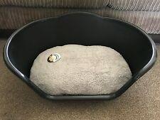 MEDIUM BLACK PLASTIC PET BED CAT DOG BASKET LUXURY GREY FLEECE WASHABLE CUSHION