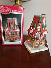 Dickens christmas village Tavern Lighted House 1994