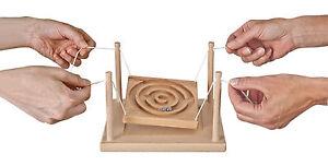 "Wooden Game "" Partner-Kugelspiel Circles "" Weiss Nature Pur Maze B2801 Made Ger"
