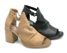 Mjus 862002 sandalo pelle sabbia / nero cinturino tacco largo 7 cm